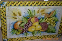 Lovely frutta mural, beautiful for the kitchen! Contact us for price and sizing!