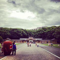 "@mercedeath's photo: ""神社にどーもくん来た #domokun"""