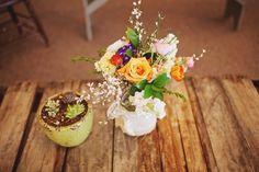 #rusticwedding #forestwedding #gardenwedding #weddingreception #tabledecor #weddingdecore #wildflowers