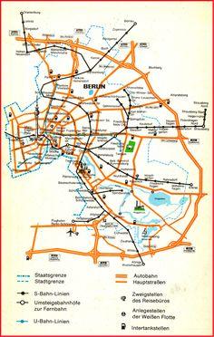Berlin - Hauptstadt der DDR Verkehrsübersicht aus dem Jahr 1985 Bemerkenswert, wirklich jeder! Hinweis auf West-Berlin fehlt.