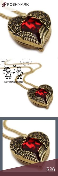 Vintage Heart Pendant Vintage heart pendant with artificial crystal. Just something to add to your style. ❤️ Jewelry Necklaces