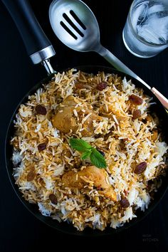 Easy chicken biryani you can make any day. Super delicious and flavorful. Turkey Recipes, Veggie Recipes, Indian Food Recipes, Asian Recipes, Beef Recipes, Healthy Recipes, Indian Foods, Rice Recipes, Chicken Byriani Recipe