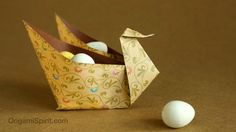 Origami tutorial to make an origami Swan. With permission from designer Laura Kruskal. SUBTÍTULOS EN ESPAÑOL • Leyla Torres Origami Spirit Video tutorial ser...