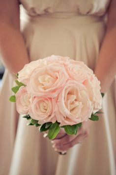 Roses. Photography by kristinlavoiephotography.com, Floral Design by stemlinecreative.com
