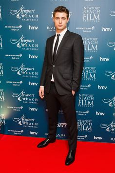 Max Irons Photos Photos - Max Irons attends the Newport Beach Film Festival Honours at Bulgari Hotel on February 9, 2017 in London, United Kingdom. - Newport Beach Film Festival Honours - Arrivals