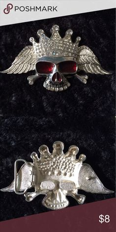 Skull Metal Belt Buckle Silver belt buckle with crowned skull. Red eyes and rhinestones. Other