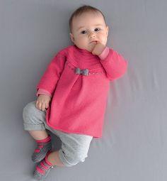 Kız Bebeklere Örgü Elbise Modelleri 133