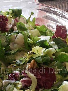 Ricetta Economica e veloce!  Insalata che passione ... con pere noci e quartirolo!!    http://leamichedidona.blogspot.it/2012/10/insalata-con-pere-noci-e-quartirolo.html