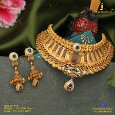 A love for gold with kundan. Get in touch with us on Gold Rings Jewelry, Jade Jewelry, Antique Jewelry, Statement Jewelry, Antique Gold, Gold Choker Necklace, Necklace Set, Earrings, Gold Mangalsutra