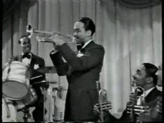 Count Basie - Swingin' the Blues, 1941 HOT big band swing jazz Jazz Artists, Jazz Musicians, Jazz Blues, Blues Music, Big Band Jazz, Swing Jazz, Easy Listening Music, Count Basie, Boogie Woogie