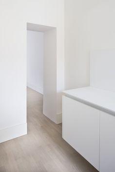 Lopes Brenna, Marco Cappelletti · Appartamento EG · Architettura italiana Contemporary Architecture, Mattress, Furniture Design, Home Decor, Book, Kitchens, Interiors, Style, Swag