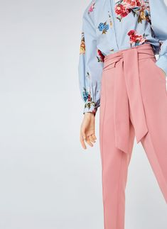 Uterqüe Denmark Product Page - Ready to wear - Trousers - View all - Trousers with bow - 1190