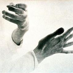 Glenn Gould hands