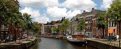 Image from http://cdn.internationalstudents.nl/wp-content/uploads/2008/02/773985127_687680dce7.jpg.
