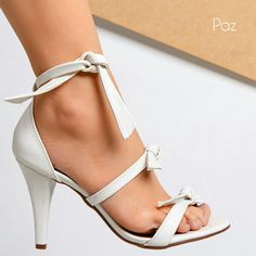A beautiful pair of heels perfect for a cruise to the Islands.