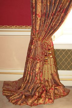 Curtains - red and gold on the floor with double tassel hold back Dining Room Curtains, Gold Curtains, Curtains With Blinds, Window Curtains, Living Room Red, Living Room Colors, Accent Wall Colors, Curtain Designs, Curtain Ideas