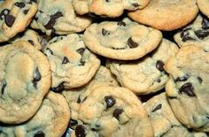 The Best Cannabis Chocolate-Chip Cookies. Hands down, this is the best cannabis… Vegan Chocolate Chip Cookie Recipe, Perfect Chocolate Chip Cookies, Paleo Cookies, Chocolate Chip Recipes, Cookie Recipes, Chocolate Chips, Yummy Cookies, Cookies Soft, Coconut Chocolate