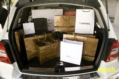 This is exactly what my Cadillac Escalade would look like filled with bags after a long, tiring day of shopping :) Chanel, Prada, Gucci all in my trunk ; Kim Cattrall, Rich Lifestyle, Luxury Lifestyle, Lifestyle News, Shopping Spree, Go Shopping, Gucci, Billionaire Lifestyle, Shop Till You Drop