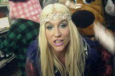 Video Premiere: Ke$ha - C'Mon