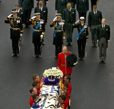 2026notorius:  Funeral Procession of Queen Elizabeth the Queen Mother, 2002-front:  Duke of York, Prince of Wales, Duke of Edinburgh, Princess Royal, Earl of Wessex; second row-Viscount Linley, Prince William, Prince Harry, Peter Phillips