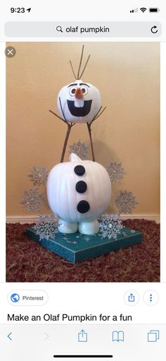 Trying to make Olaf for a work pumpkin contest. does anyone have ideas of how they got his head to stay up? Olaf Pumpkin, Pumpkin Snowmen, Christmas Pumpkins, Frozen Pumpkin, Pumpkin Ideas, Pumpkin Crafts, Diy Pumpkin, Christmas Crafts, Pumpkin Wreath