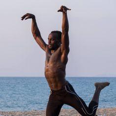 fatevi prendere dal ritmo e dall' #afro ! info@spazioaries.it