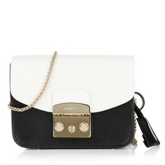 http://www.fashionette.de/furla-metropolis-mini-pochette-crossbody-bag-onyx-petalo