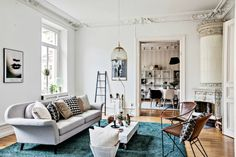 Here are 10 stunning living rooms with neutral sofas that you will want to steal! #modernsofas #livingroomfurnituresets #livingroominspiration See more: http://modernsofas.eu/2016/04/04/stunning-living-rooms-neutral-modern-sofas/