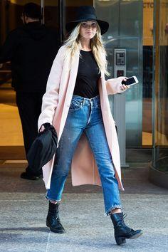 Victoria's Secret: How the Angels do off duty model style: Glamour Magazine UK waysify