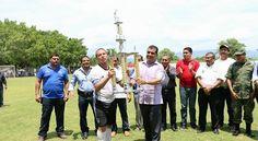 El presidente municipal de Huetamo, Elías Ibarra Torres felicitó a la selección de fútbol de su muni...