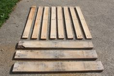 Building With Pallets - How to Disassemble A Pallet With Ease For Great Building Projects