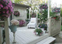 Junk Chic Cottage: Garden Tour Anyone?