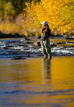 Fishing Waders - Fishing Tips That Could Do The Job Fly Fishing Girls, Fly Fishing Gear, Fishing Guide, Gone Fishing, Best Fishing, Trout Fishing, Fishing Lures, Fishing Stuff, Fishing Reels
