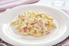 Gli #spatzle sono gnocchetti tipici della cucina tirolese, da condire con panna, prosciutto cotto e #GranaPadano!