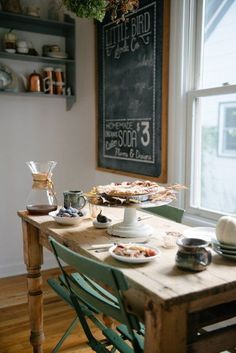 We love Jana's home filled with vintage charm (and pie!)