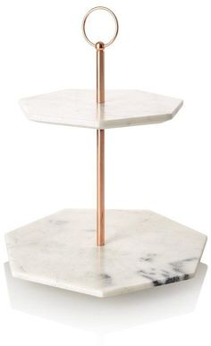 Oliver Bonas Double Tiered Marble Cake Stand Pin For Later Jump On The Copper Trend With These 42 Home Accessories Oliver Bonas Double Tiered Marble Cake Stand Oliver Bonas Double Tiered Marble Cake Stand 78 Copper Home Accessories, Home Decor Accessories, Kitchen Accessories, Decorative Accessories, Accessories Display, Quirky Home Decor, Diy Home Decor, Home Design, Interior Design