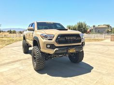 "2016 Toyota Tacoma equipped with a Fabtech 6"" System #fabtech #fabtechmotorsports #liftedtrucks #toyota #tacoma #toyotatacoma #liftedtoyota #volkracing"