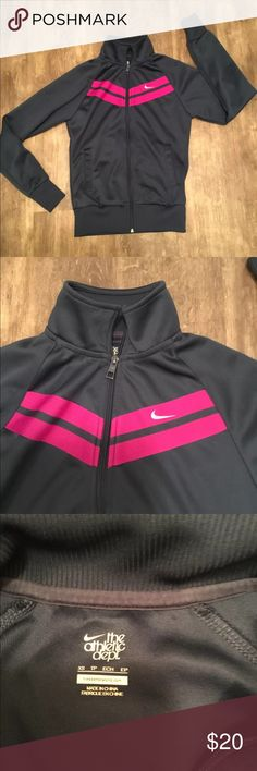 Pink Nike Track Jacket XS This woman's blue and pink nike track jacket is in like new condition and shows no real signs of use. This jacket comes from a smoke free home, Nike athletic department woman's size extra small. ✨ check out my closet ✨ Nike Jackets & Coats