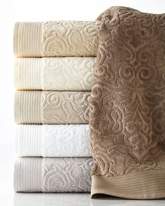Park Avenue Hand Towel by Peacock Alley