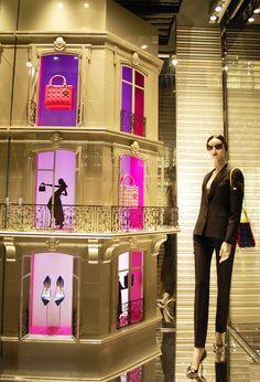 Dior www.mannequinmadness.com