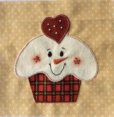 Page 76 - Cute as a Cupcake Mug Rug Patterns, Quilt Block Patterns, Applique Patterns, Applique Quilts, Quilt Blocks, Christmas Applique, Christmas Sewing, Christmas Blocks, Christmas Quilting
