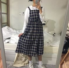 Korean Fashion Trends you can Steal – Designer Fashion Tips Korean Girl Fashion, Korean Fashion Trends, Ulzzang Fashion, Muslim Fashion, Japanese Fashion, Asian Fashion, Plaid Outfits, Casual Outfits, Cute Outfits