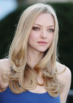10 Things You Didn't Know about Amanda Seyfried – Celebrities Woman Haircuts For Long Hair, Hairstyles Haircuts, Cool Hairstyles, Popular Hairstyles, Amanda Seyfried Hair, Blonde Actresses, Long Layered Hair, Trending Hairstyles, Blonde Hair