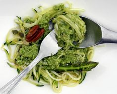 A surprising green gem from the people who know asparagus best -- the asparagus farmers! This raw asparagus recipe is healthy, and super fast with Thermomix. Fresh Asparagus, Pesto Recipe, Buckwheat Soba Noodles, Kitchen Machine, Gluten Free Rice, Pesto Pasta, Yams, Vinaigrette, Dressings