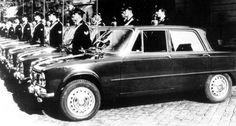 """Alfa Romeo: tributo alla mitica Giulia che compie 50 anni     Dal 25 al 28ottobre si svolge a Padova """"Auto e Moto d'epoca 2012"""", la più importante manifestazione italiana per numero di auto esposte e di pubblico, oltre ad essere il principale mercato europeo grazie agli alti livelli di vendite.  #alfaromeo"""