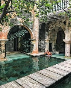Majestic colonial mansion dating back to . Beautiful Pools, Beautiful Places, Places To Travel, Places To Go, Colonial Mansion, Villa, Dream Pools, Cool Pools, Pool Designs
