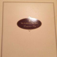 Vintage-Victoria-039-s-Secret-Bodyshaper-Pantyhose-Sz-Medium-Cream-Boxed-NOS-NIP