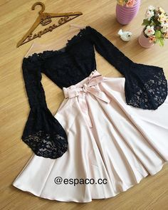 Das Bild kann enthalten: Schuhe – The picture may contain: shoes – Teen Fashion Outfits, Mode Outfits, Cute Fashion, Girl Outfits, Fashion Dresses, Dress Outfits, Emo Fashion, Hijab Dress, Hijab Outfit
