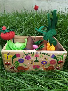 Check out this item in my Etsy shop https://www.etsy.com/listing/610085275/pretend-to-be-garden-playset-ready-to