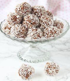 Ljuvligt goda havrebollar med kokos.